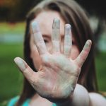 Причините за насилието в семейството и как да се осигури защита