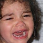 Родителските реплики за принуда към послушание, които съсипват детския живот